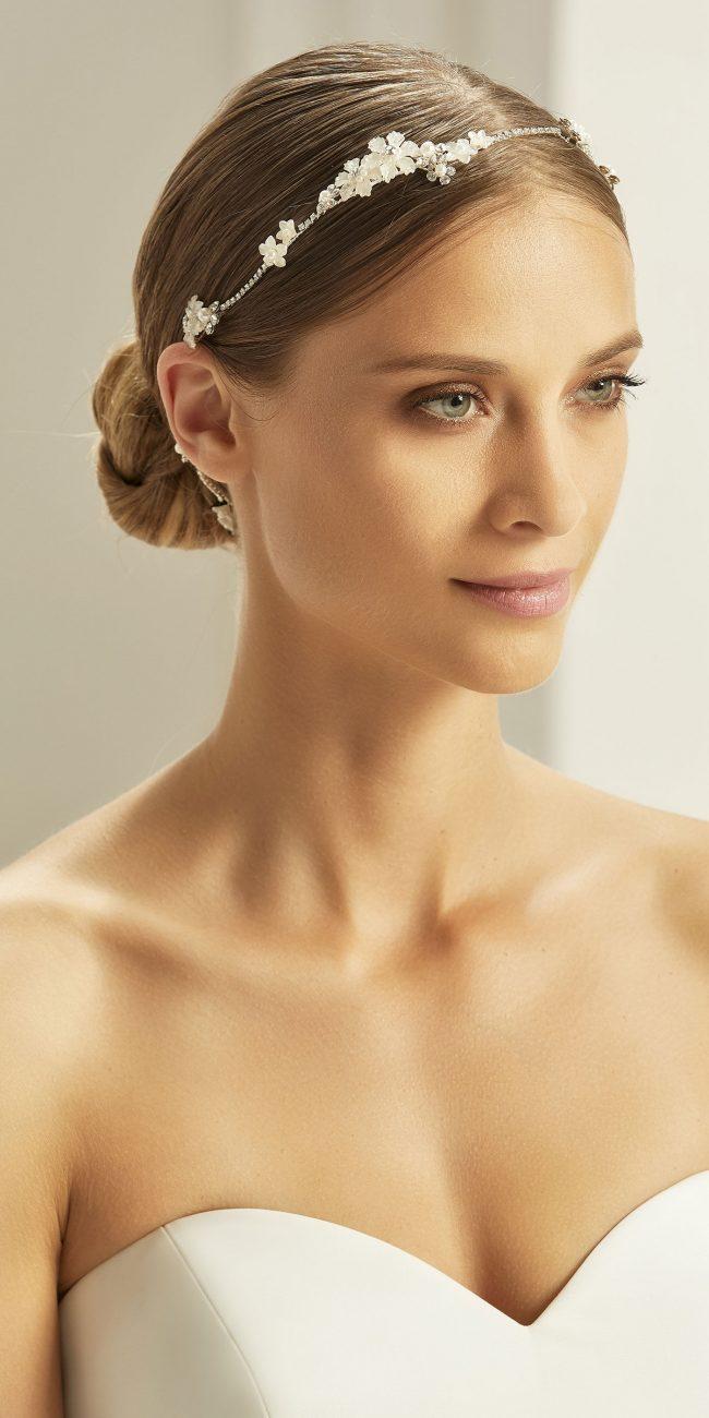 fascia sottile con perline e strass